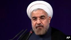 Tổng thống Iran Hasan Rouhani nhắc lại lập trường lâu nay rằng chương trình hạt nhân chỉ nhằm phục vụ các mục tiêu hòa bình.