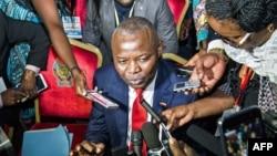 Vital Kamerhe, co-modérateur de l'opposition au dialogue national, fait une déclaration à la presse à Kinshasa, 1er septembre 2016.