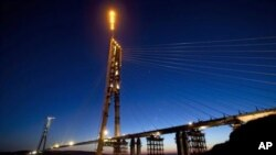 Мост на о. Русский