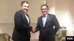 პრეზიდენტი სააკაშვილი და ვანუატუს პრემიერი კალოსილი