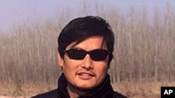 中国山东盲人维权人士陈光诚资料照