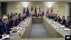 İran və dünya qüdrətləri arasında nüvə danışıqları