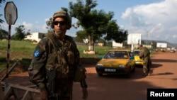 Un militaire de l'EUFOR-RCA à Bangui (Reuters)