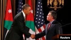 22일 요르단 알 험머 궁전에서 압둘라 요르단 왕(오른쪽)과 공동기자회견을 가진 바락 오바마 미국 대통령.
