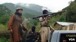 ກຸ່ມຫົວຮຸນແຮງ ທາລິບານ ໃນປາກິສຖານ ລາດຕະເວນທີ່ໝັ້ນ ຂອງເຂົາເຈົ້າທີ່ ໃນເຂດ Waziristan ໃຕ້.