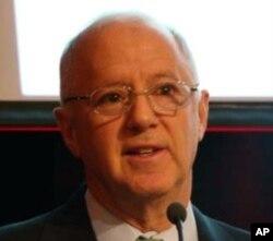 史提夫歐林斯 美中關係全國委員會會長