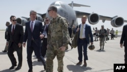 تصویر آرشیوی از سفر اشتون کارتر وزیر دفاع آمریکا به عراق - ۱۱ ژوئیه ۲۰۱۶
