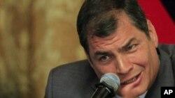 Según el presidente Correa, quitar a la banca para invertir en proyectos sociales no afectará la economía de los ecuatorianos.