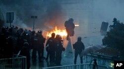 Sukobi na ulicama Prištine