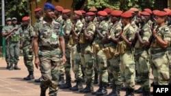 Le général Jean-Felix Akaga, commandant de la Force multinationale d'Afrique centrale