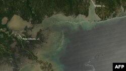 在墨西哥湾泄漏的石油漂向密西西比三角洲