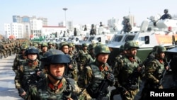 Paramilitary policemen