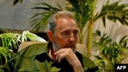 Ông Fidel Castro nói dân chúng Cuba vẫn quí mến tiếp tục nhắc đến ông