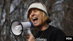 Cindy Sheehan estuvo en Cuba en 2007 para pedir el cierre de la base de Guantánamo.
