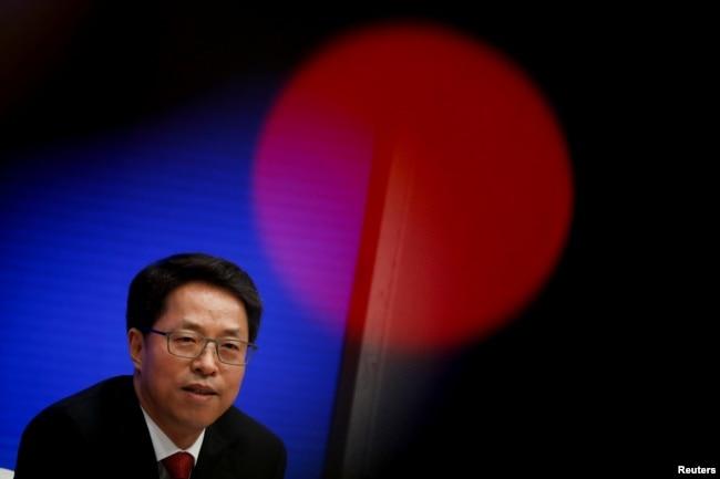 资料照:中国国务院港澳办副主任张晓明