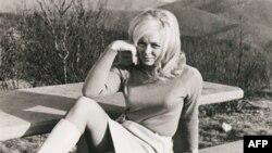 Кадр из фильма «Таблоид»