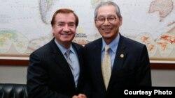 众议院外交委员会主席罗伊斯与台湾驻美代表高硕泰