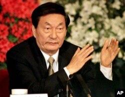 1998年中国新总理朱镕基在北京人大会议闭幕后的记者会上(1998年3月19日)