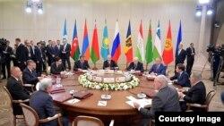 Саммит СНГ в Сочи. Архивное фото