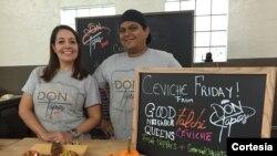 Berta Emilia Vivas y su prometido Diego Rivera sacan adelante el negocio, que busca regalar a los neoyorquinos un pedacito de España. [Foto: Celia Mendoza, VOA].