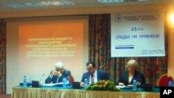 Мобингот сепак присутен во Македонија