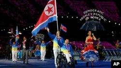 지난 2012년 8월 런던장애인올림픽 개막식에서 북한 선수단이 입장하고 있다. (자료사진)