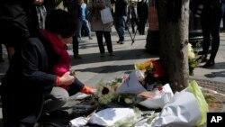 Cvijeće položeno na mjestu stradanja policajca