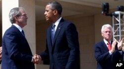 Джордж Буш, Барак Обама и Билл Клинтон