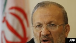 Ngoại trưởng Iran Manouchehr Mottaki cho biết ông hy vọng là thời điểm và nghị trình của các cuộc đàm phán này sẽ sớm được quyết định