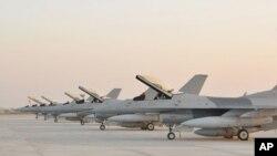 امریکہ سے پاکستان کو ملنے والے جدید ترین ایف سولہ لڑاکا طیارے