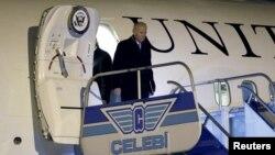 U.S. Vice President Joe Biden arrives at the airport in Istanbul, Turkey, Jan. 21, 2016.