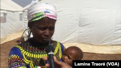 Alimata Dicko, déplacée peul, au Burkina Faso, le 15 janvier 2019. (VOA/Lamine Traoré)