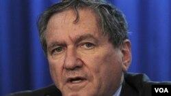 Utusan AS untuk Afghanistan dan Pakistan, Richard Holbrooke kini dalam kondisi kritis (foto dokumentasi).