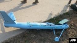 在黄海有争议海域附近的白翎岛发现的疑似朝鲜无人机残骸