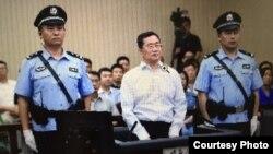 Ông Chu Thế Phong tại phiên tòa xét xử ngày 4/8/2016.