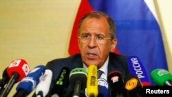 سرگئی لاوروف، وزیر خارجه روسیه، در پایان گفتگوهای ژنو در کنفرانس خبری با رسانه ها شرکت کرد.