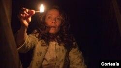 La cinta El Conjuro está en las investigaciones reales de la pareja Warren sobre enventos paranormales en una ciudad de Rhode Island, en EE.UU. [Foto: New Line Cinema]