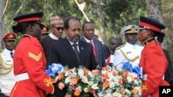 Hassan Mohamud na homenagem aos soldados quenianos