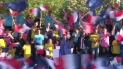 France Ready for Sunday's Ballot Box 'Revolution'