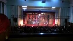 Lebo Sekgobela Performing in Bulawayo ...