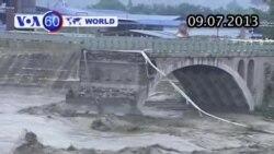 Sập cầu ở Trung Quốc, người và xe lao xuống dòng nước dữ (VOA60)