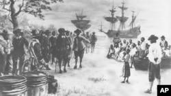 1619年一艘护卫舰驶入维吉尼亚州汉普顿市的康福特港,带来20名非洲奴隶(西德尼·金绘画)
