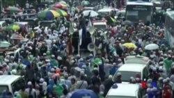 印尼大選前數萬人在雅加達集會