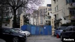 上海一處被關閉的居民區。(2020年2月8日)