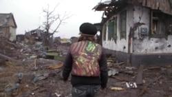 Руїни села Нікішине : будинки і життя. Відео