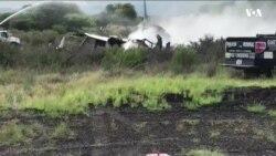 Meksika'da Yolcular Uçak Kazasından Sağ Kurtuldu