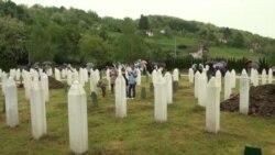 13 bošnjačkih civila i šest neidentifikovanih žrtava ukopano u 10. kolektivnoj dženazi u Bratuncu