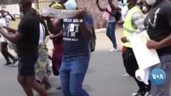 Namibenses gritam palavras de guerra contra o petróleo