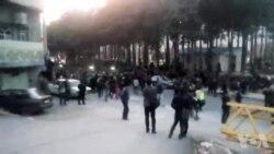 تجمع معترضان در خرم آباد: خامنهای حیا کن، مملکتو رها کن