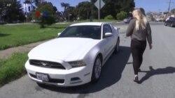 """Layanan Rental Mobil Informal """"Car-sharing"""" Terancam Regulasi"""